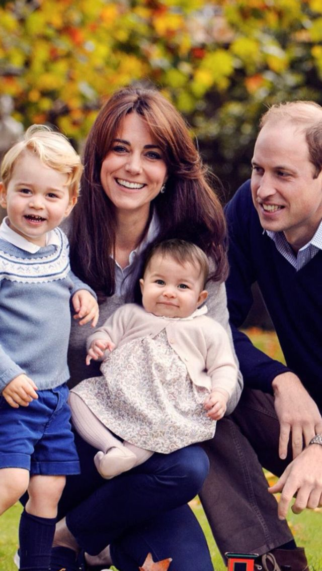 """A new family photo – Merry Christmas from The Duke and Duchess of Cambridge, Prince George and Princess Charlotte."