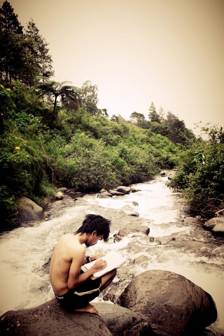 Suatu hari dimana sungai berbaik hati memberi jernih nya…#gunungpuntang