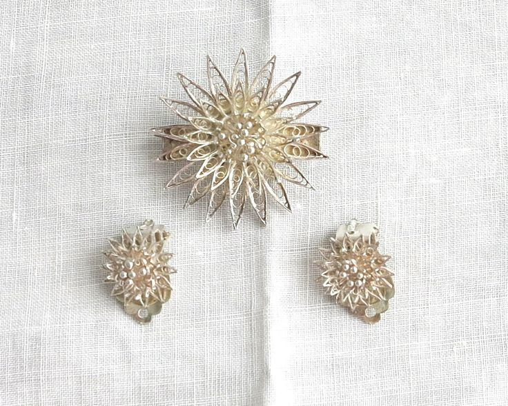 Vintage 800 silver filigree flower brooch and matching clip on earrings, European, beautiful craftsmanship, waterlilies, circa 1940s by…