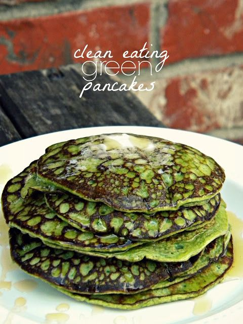 Clean Eating Green Pancakes - 1 ripe banana, 2 eggs, 1/2 t vanilla, dash cinnamon, 2 cups spinach (can add more or less), 1 T ground flax - can add peanut butter or chia seed