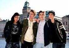 The Fooo från Frillesås på besök i stooorstaden. Gruppen består av Felix, Oscar, Oscar och Omar.