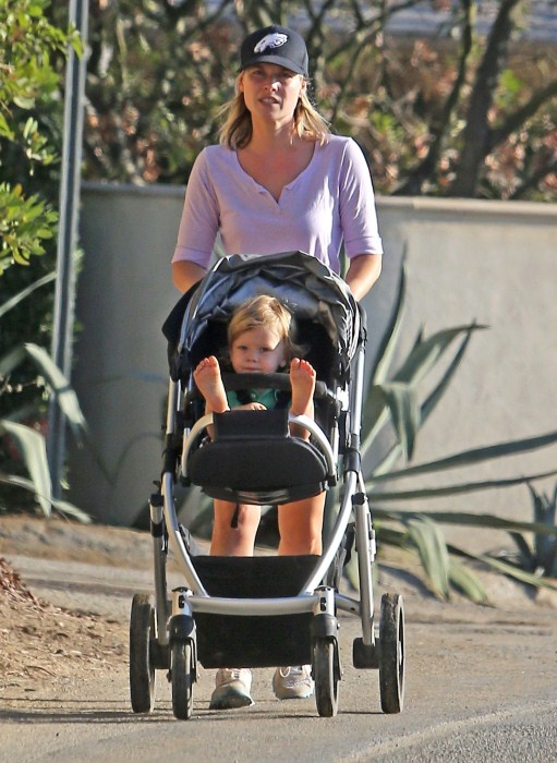 Ali Larter and her son Theodore out for a walk at Runyon Canyon in Hollywood, California on September 19, 2012.: Walks, Sons Theodore, Actresses Ali, September 19, 1 Years Old Sons, Runyon Canyon, Celebs Mom, Hollywood California, Ali Larter