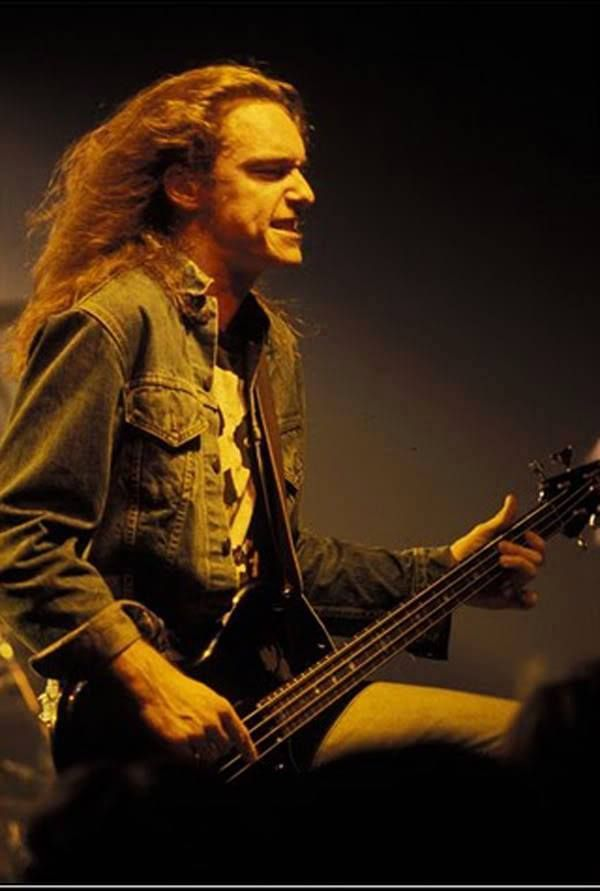 17 Best ideas about Cliff Burton on Pinterest | Metallica ...