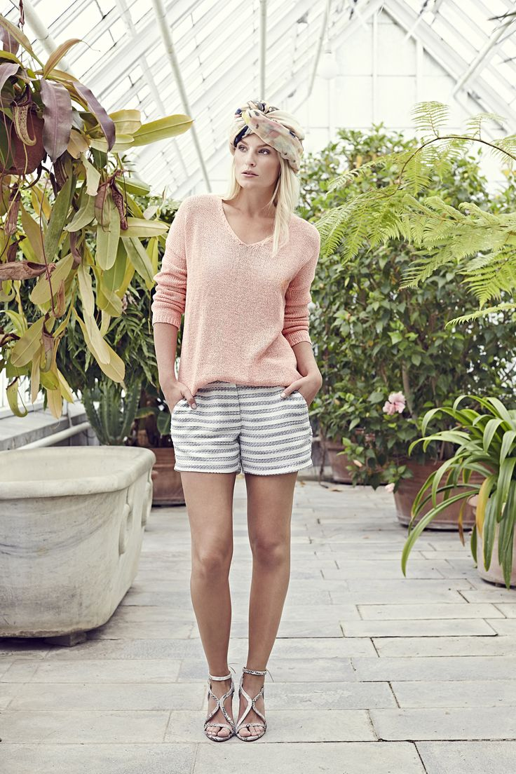 Marlie sweater - Rose with Cicely shorts - Bouclé and Olivia scarf - Flower