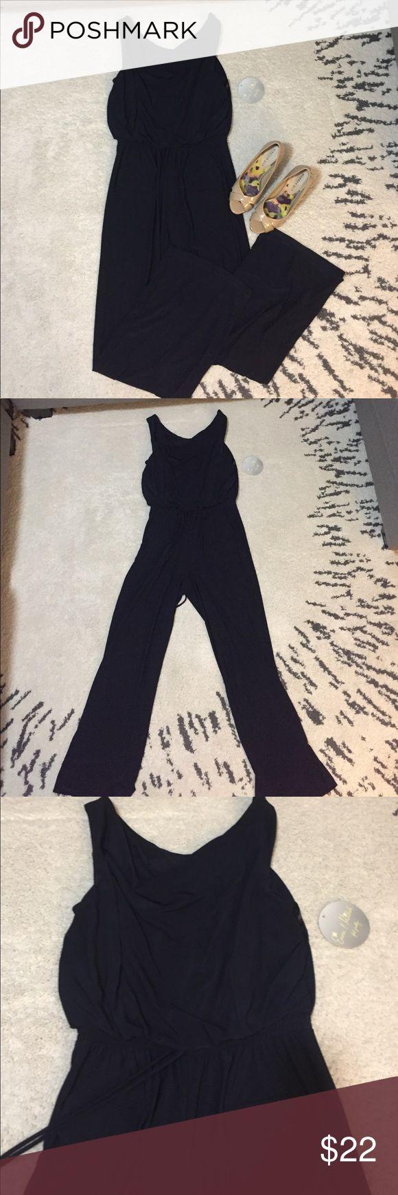Navy blue jumpsuit Navy blue jumpsuit; wide pant leg Pants Jumpsuits & Rompers