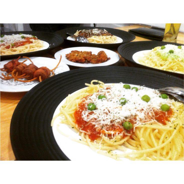 spaghetti on ngaghetti
