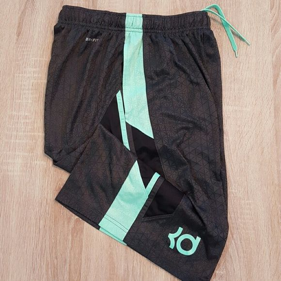 Nike Dri-Fit Kevin Durant KD basketball shorts Worn. Great condition. Please note that this is boy's XL Nike Shorts
