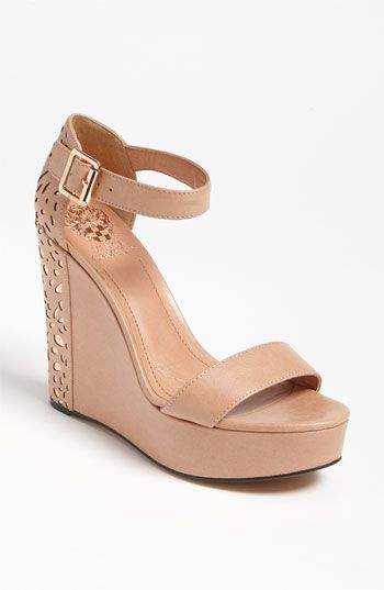 Totally in love <3: Vince Camuto, Nude Shoes, Fashion Shoes, Camuto Sakina, Summer Shoes, Camuto Wedges, Nude Wedges, Wedges Sandals, Platform Sandals