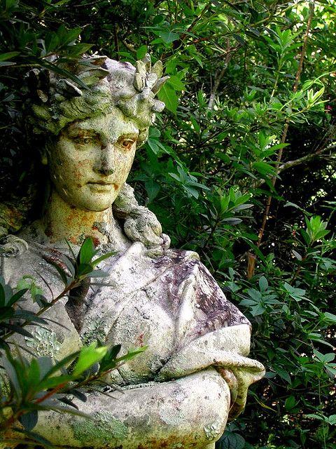 Good Garden Statue With Moss