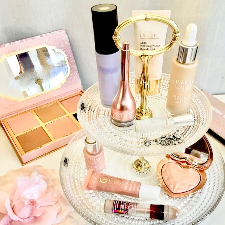 My favourite makeup in pink packaging and a simple but gorgeous vanity. #makeup #pink #beauty #vanity
