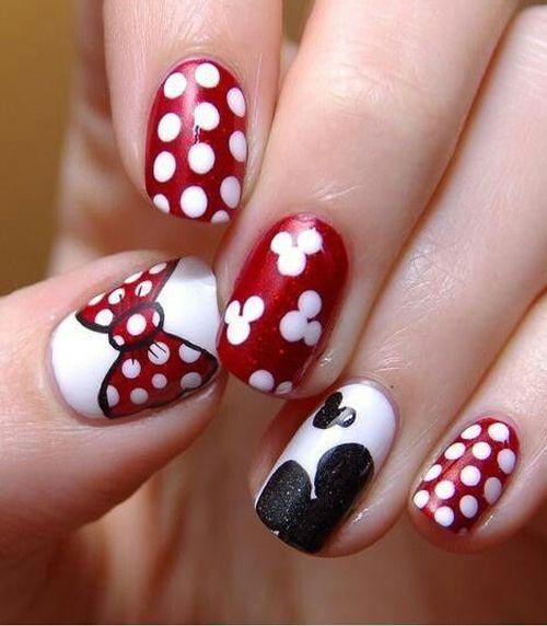 Lovely Minnie Mouse Disney Nail Art Design