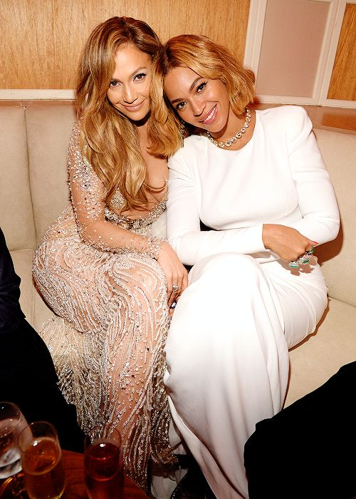 Beyonce & Jennifer Lopez  at the 2015 Vanity Fair Oscar Party in Beverly Hills, California  22.02.2015.