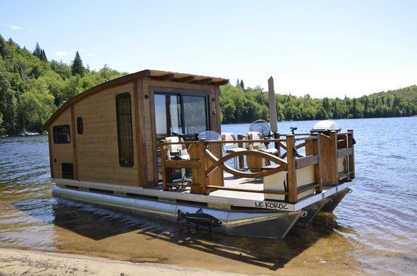 Photo 2 Of 15 In Kick Back In This Tiny Solar Powered Houseboat For 61k Dwell In 2020 House Boat Houseboat Living Floating House
