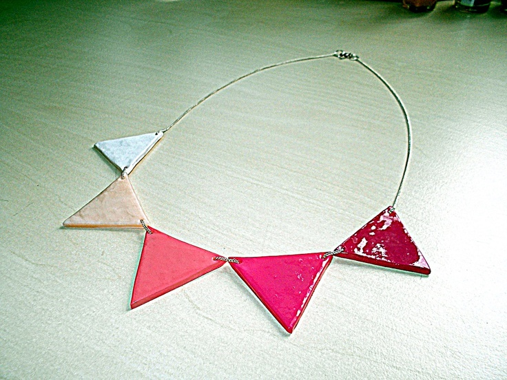 Triangle Necklace  handmade by muzuvuzu  http://www.muzuvuzu.com/triangle-necklace/
