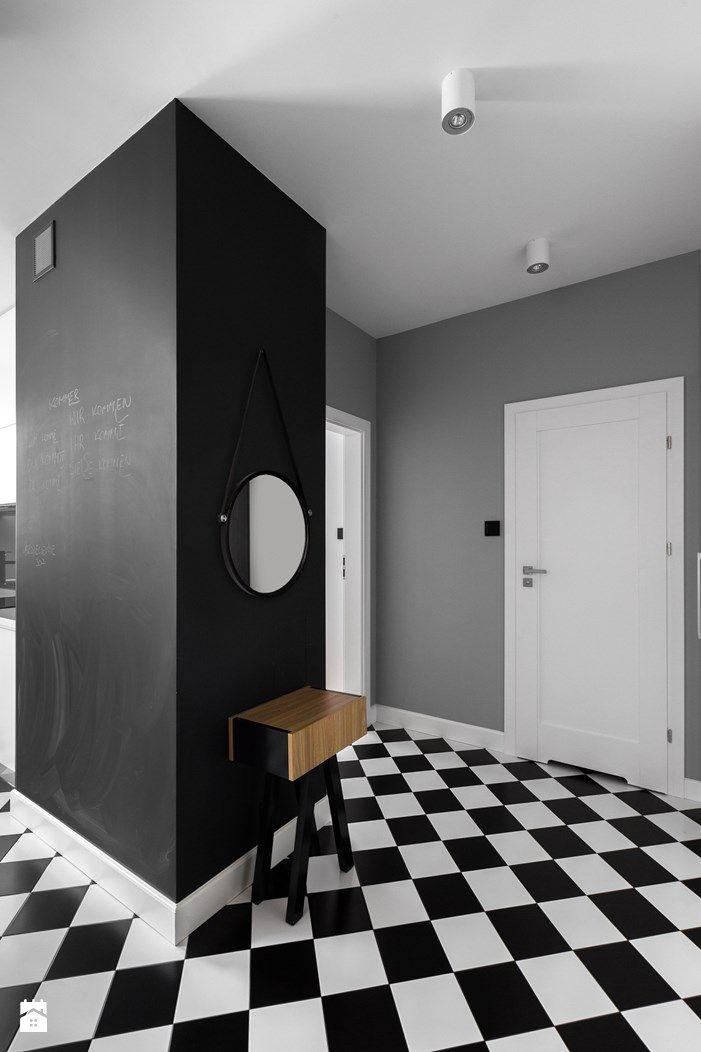 Wystrój wnętrz - Hol / przedpokój - styl Minimalistyczny. Projekty i aranżacje najlepszych designerów. Prawdziwe inspiracje dla każdego, dla kogo liczy się dobry gust i nieprzeciętne rozwiązania w nowoczesnym projektowaniu i dekorowaniu wnętrz. Obejrzyj zdjęcia! - strona: 2