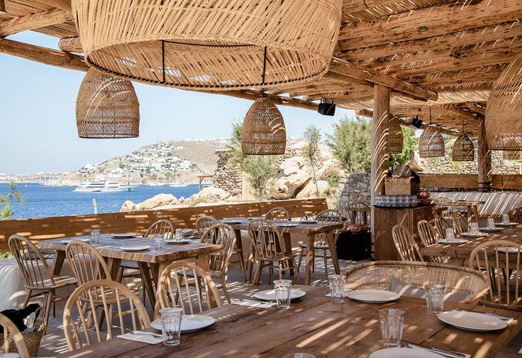 Restaurang på Mykonos med vacker rustik inredning