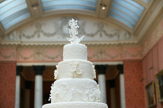 Cake Decorating New Westminster Bc : Best 25+ Royal wedding cakes ideas on Pinterest Pastel ...