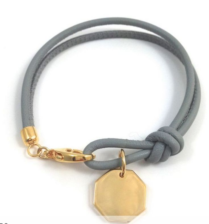 Bracelet from Anna von Bergmann http://www.annavonbergmann.de/namensarmbaender/namensarmbaender.html#7