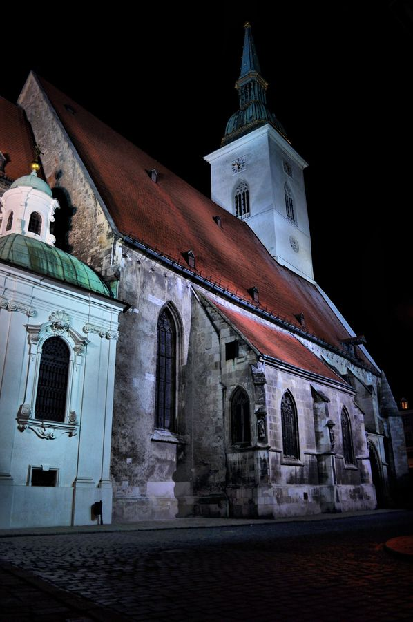 St. Martin Cathedral #Bratislava #Slovakia #Cathedral  by Gustav Sabol, via 500px