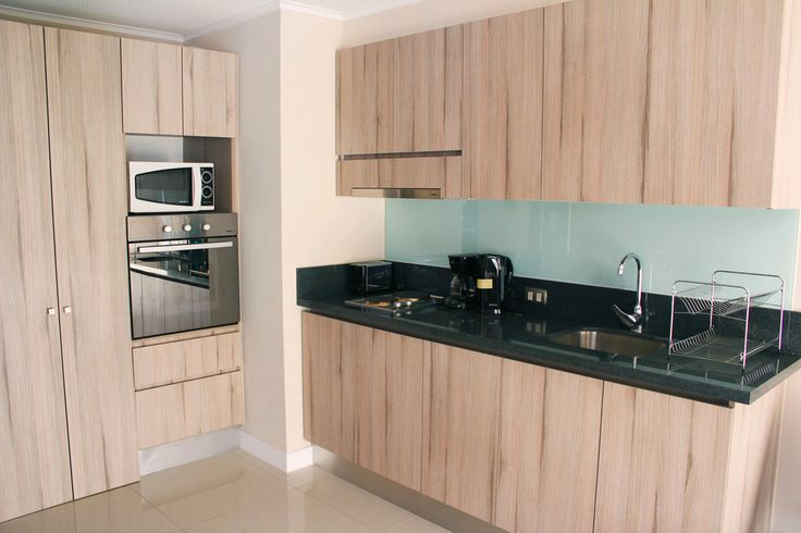 kitchen  of the apartment we rent in Santiago de Chile www.internshipandtravel.cl o mail a info@internshipandtravel.cl