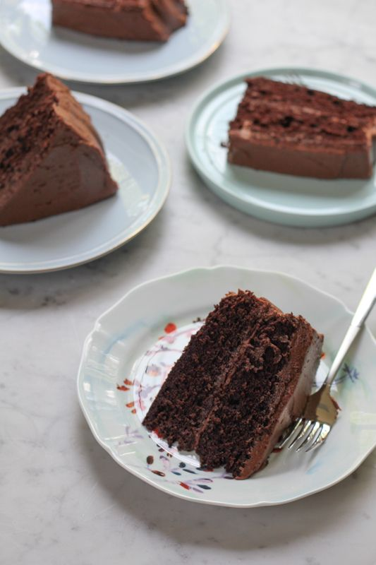 1000 Ideas About Sour Cream Chocolate Cake On Pinterest