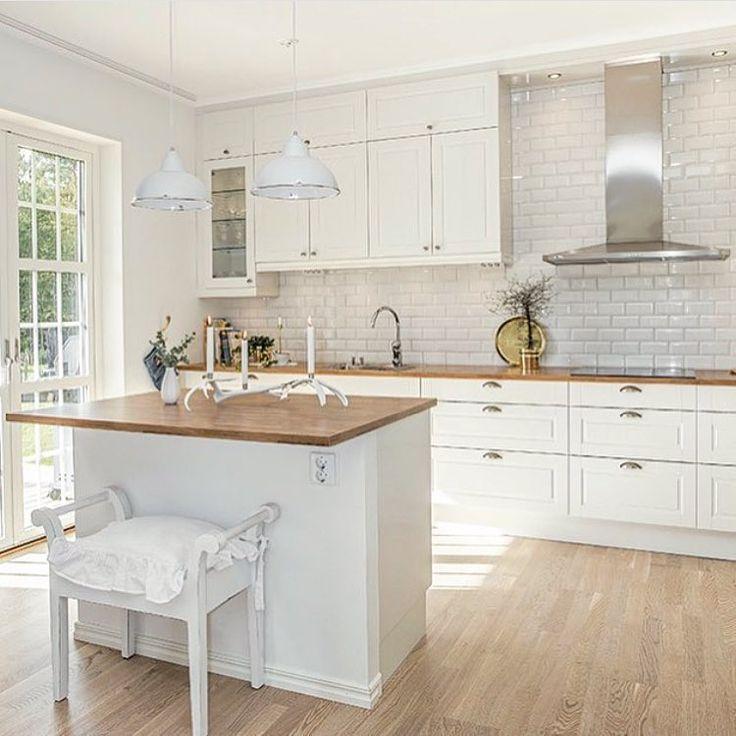 """54 gilla-markeringar, 1 kommentarer - HTH Kök Jönköping & Linköping (@hth_jonkoping) på Instagram: """"Skandinaviskt kök som utstrålar romantik och lantkök. Luckan heter """"Sense"""". Bilden är lånad av…"""""""