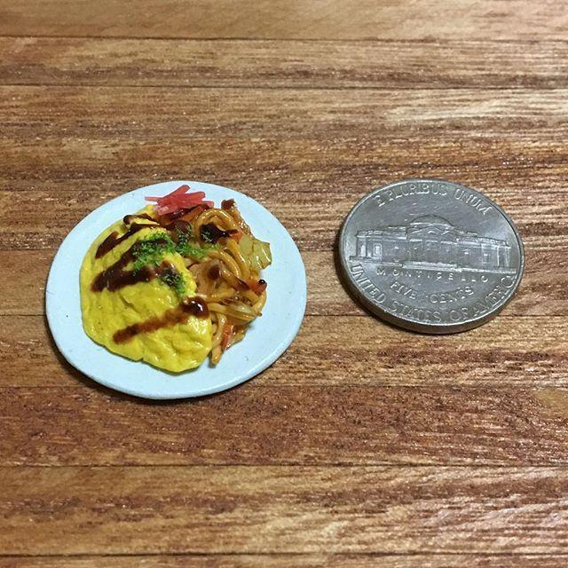 #オムそば #オムレツ #焼きそば #ソース #紅生姜 #青のり #omusoba #omlette #yakisoba #japanesenoodle  #japanesefood #handmade #claywork #miniature #miniaturefood #fakefood