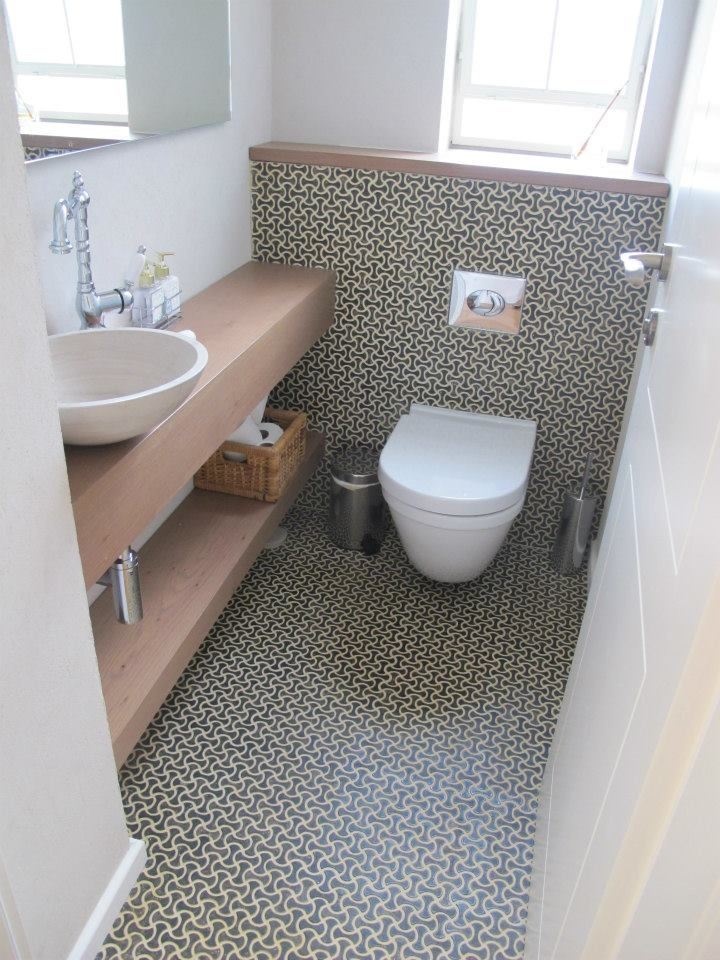 Best 25 small toilet room ideas only on pinterest small for Small wc design