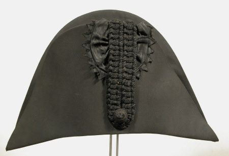 Opera hat  National Trust Inventory Number 1349884 Date1775 - 1825 CollectionSnowshill Wade Costume Collection, Gloucestershire (Accredited Museum)