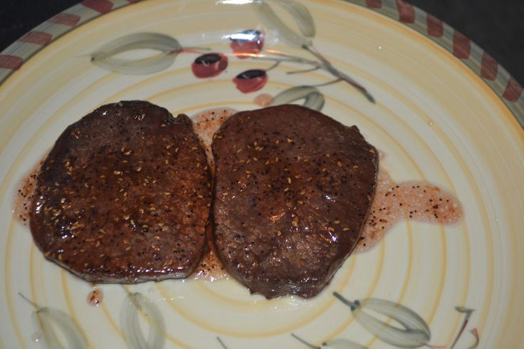 Raspberry Apple Au-jus with Eye of Round Steak