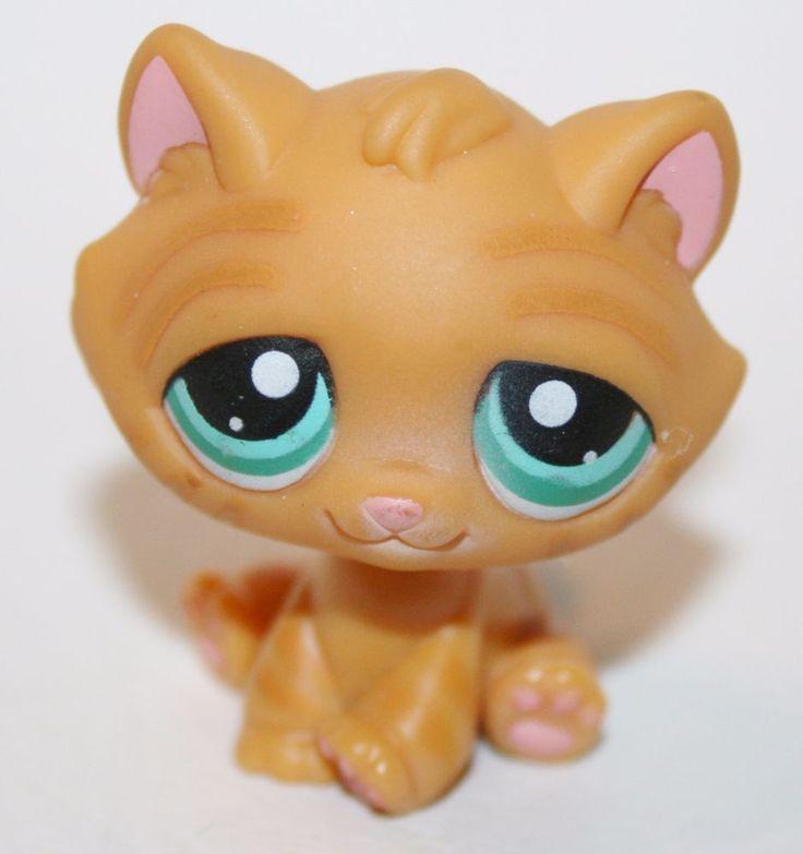 Lps Grey Sitting Cat Blue Eyes