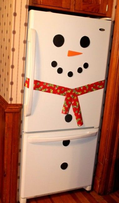 Christmas refrigerator decoration. I am definitely doing this!! :)
