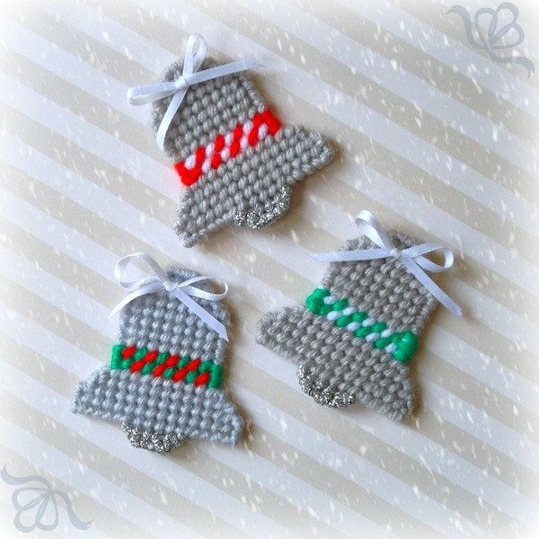 Plastic Canvas: Silver Bells Mini Magnets (set of 3) by ReadySetSewbyEvie on Etsy