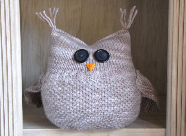 Hello friends, Just a quick post to let you know that The Guardian Owl's pattern is for sale on Ravelry. He is a large and plump fella that loves to be held and carried around and is also a great comfort to anyone in need of some love and kindness. His height is 9 inches …