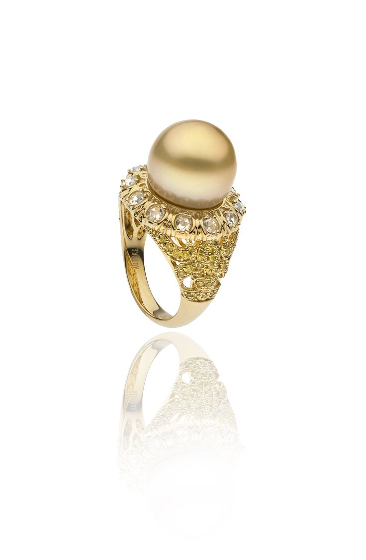 Autore Fleur de Lys Ring 18k Yellow Gold with Diamonds and a gold South Sea pearl