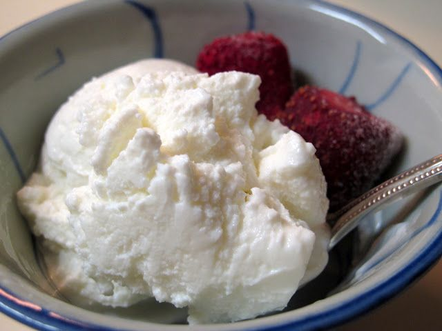 Several years ago, the hottest thing in desserts was Pinkberry . It sparked a HUGE trend in frozen yogurt shops, and AT LEAST ten different...