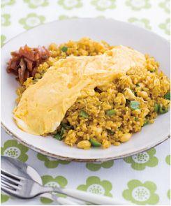 大豆とじゃこのカレーチャーハン、卵のせ