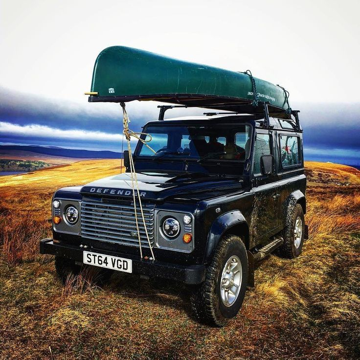 """1,085 Likes, 3 Comments - @landroverphotoalbum on Instagram: """"@jt_travels having an adventure in a 90 called Reeves, Canoe Reeves. #landrover #Defender90…"""""""