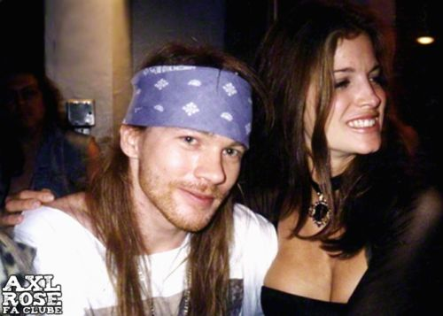veroushka:  Axl Rose and Stephanie Seymour during MTV Video Music Awards in Los Angeles, CA, 1992