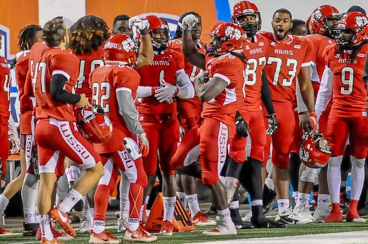 Congratulations to @WSSU_Athletics on a great 2016 football season & representing the CIAA in the @NCAADII playoffs! #CIAAChampions