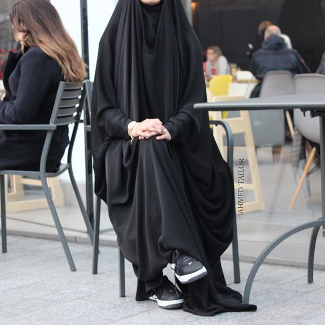 Jilbab Firdaus ▪️▪️▪️ #ahmedtailor #london  #Abaya #london #hijabstyle #dresses #abaya #sunnah #cover #islam #modestfashion #fashion #hijab #hijabsolo #muslimah #muslimahfashion #salaf #blackout #womeninblack #niqab #veil #blackveilbrides #alhamdulillah