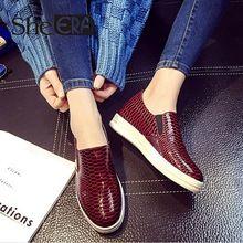 Primavera 2016 nueva moda mujer zapatos de piel de serpiente mocasines zapatos casuales zapatos planos perezosos zapatos de mujer(China (Mainland))