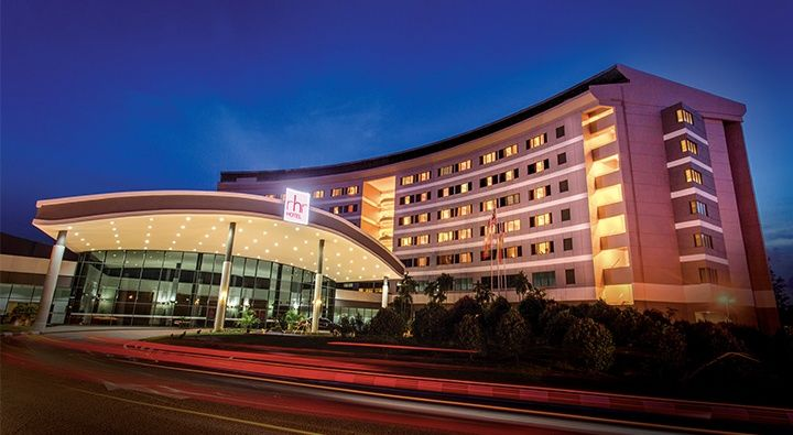 Only 1 min walk from hotel to UNITEN & along Putrajaya Expressway, RHR Hotel UNITEN is your perfect hotel for a family stay during the visit to University Tenaga. Book directly from our official website for secret deals not found elsewhere!