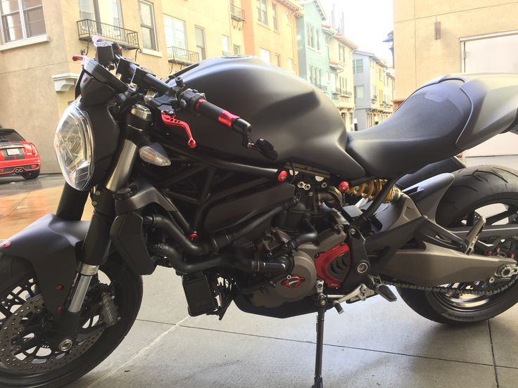 Ducati Monster Rizoma Drag Bar
