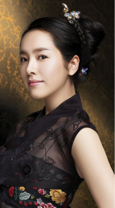 korean actress han jimin in modernized hanbok #hanbok