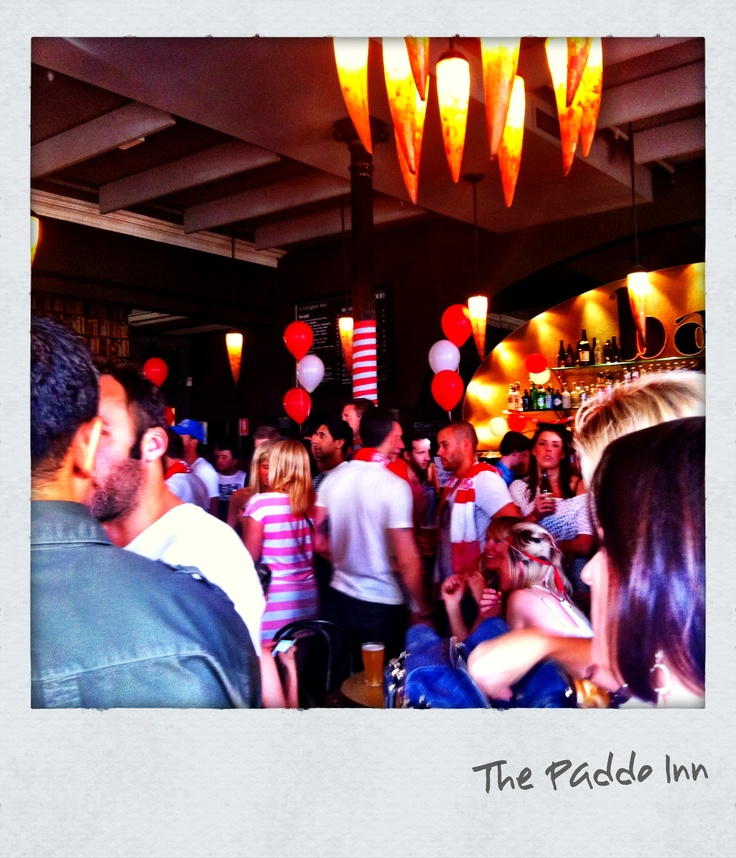 The Paddington Inn on the eve of AFL final