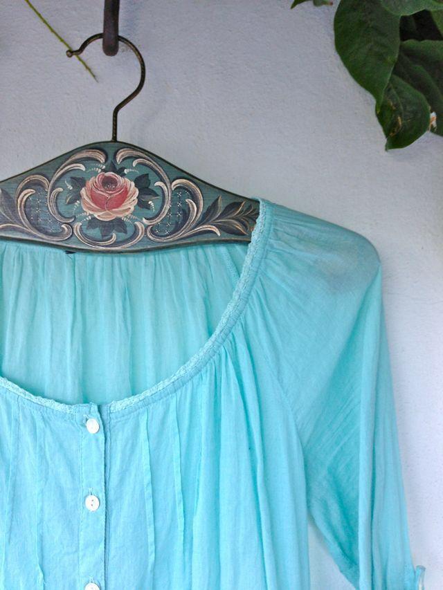 Image from http://3.bp.blogspot.com/-zV0KvyUFzs4/UjL_m7xhRiI/AAAAAAAAKgo/Vcu4jORecUc/s1600/IMG_4302c.jpg.