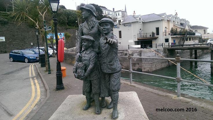 Annie Moore statue erected at Cobh harbour.