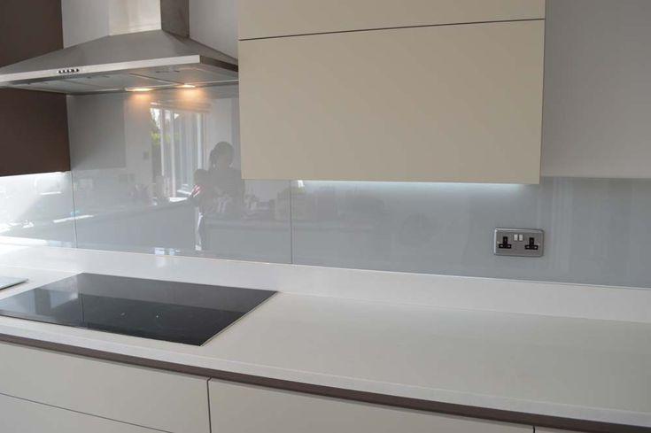 Grey Kitchen Glass Splashback by CreoGlass Design (London,UK). For more glass kitchen splashbacks and non-scratch worktops visit www.creoglass.co.uk #backsplash #kitchen