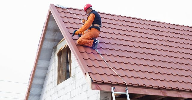 There Is A Wide Variety Of Roofing Options Available But They Won T All Work For Your Situation The Style Of Yo In 2020 Roof Restoration Roof Repair Roof Maintenance